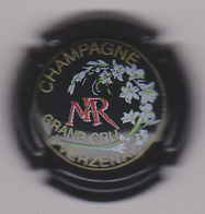 Capsule Champagne MOREAU_PAYER ( Nr , Blanc Et Rose ) {S03-19} . - Champagne