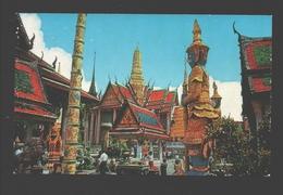Bangkok - Inside The Grounds Of The Wat Pra Keo - Thaïlande