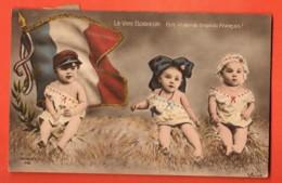 TRK-25  Bébés Le Vrai Bonheur : Etre à L'ABRI Du DRAPEAU FRANCAIS. Patriotique. Circulé 1916 - Neonati
