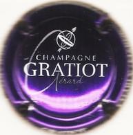 Gratiot Gérard N°9, Nom Horizontal, Violet Métallisé & Blanc - Champagne