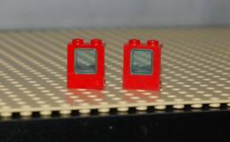 Lego Lot 2x Fenêtre Rouge 1 X 2 X 2  Avec Verre Bleu Transparent Ref 2377c01 - Lego Technic