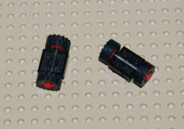 Lego Lot 2x Ensemble Roue Plate Noir 2x2 Avec Roue Rouge Et Pneu Noir Ref 122c01assy2 - Lego Technic