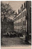 Besançon : Lycée De Jeunes Filles, Sortie De Classe (Editeur Non Mentionné, N°600) - Besancon