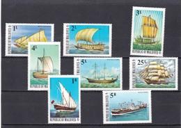 Maldivas Nº 549 Al 556 - Maldivas (1965-...)
