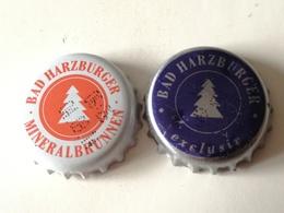 Lote 2 Chapas Kronkorken Caps Tappi Agua Mineral Bad Harzburguer. Alemania - Capsules