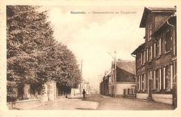 Handsbeke : Gemeentehuis En Dorpstraat - Nevele