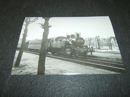 Photo Véritable 10 X 15 Cm Jacques BAZIN :  131 TB 50 à CHAMPIGNY Ligne De La Bastille 8 Avril 1956 - Treinen