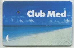 """Spécimen De Carte D'Hôtel (annulée Par Perforation) Room Key """"Club Med"""" Club Méditerranée - Club De Vacances - Hotel Keycards"""