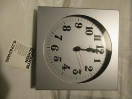 Orologio Da Parete Junghans Anni 70 NUOVO Con Meccanismo Originale - Clocks