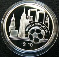 East Caribbean $ 10 1994 Football Soccer WTC Silver Proof - Caraïbes Orientales (Etats Des)