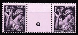 1944 Y&T N° 651 PAIRE AVEC VIGNETTE CENTRALE NUMEROTEE N** - France