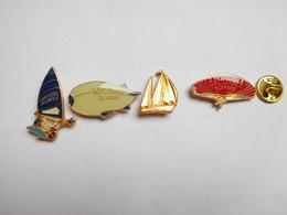 Belle Série De 4 Pin's Différents  , Tabac Gauloises , Royale - Trademarks