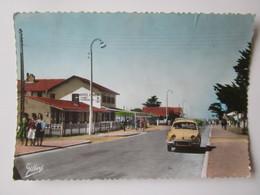 Montalivet Les Bains. Avenue De L'Ocean. Gilbert 33.402 Postmarked 1962 - France