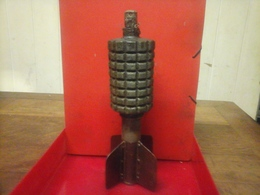 Ww1 Grenade Pigeon Allemand - Decorative Weapons