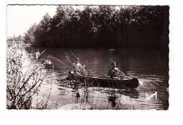 77 Vaires Sur Marne Canotage Sur La Marne Canoe Cachet Vaires 1953 CPSM PF - Vaires Sur Marne