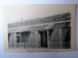FRANCE - CHARENTE MARITIME - PORT-DES-BARQUES - Piedemont - L'Entrée Du Réfectoire - Autres Communes
