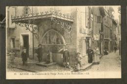 CP-MENDE- La Fontaine De La Vierge Noire, Et Rue Notre-Dame - Mende