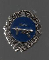 Pin's STAND DE TIR POUR UNITE DE POLICE DU 5 EME ARRONDISSEMENT DE PARIS....BT4 - Police
