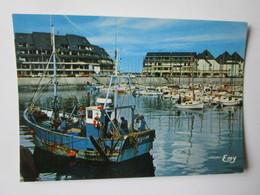 Grandcamp Maisy. Le Bassin Et Les Nouvelles Residences. Le Goubey EMY Postmarked 1986 - France
