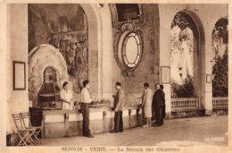 B55002 Vichy, La Source Des Célestins - Vichy
