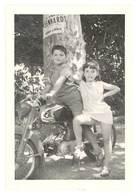 Photo Enfants Sur Moto ( Honda ? ) - Photos
