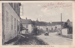 88----RARE---GIRECOURT SUR DURBION--rue De La Mairie--( Voiture )--voir 2 Scans - Sonstige Gemeinden