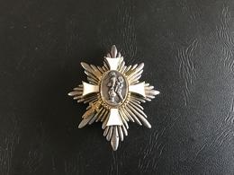 Insigne Deutsches Feld Ehrenzeichen (Etoile Du Front) 14-18 - 1914-18