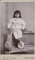 Photo : C.D.V. : Enfant : Garçon En Pose Sur Un Banc ( Photo. Marcel - S-supéry - Valence - Drome ) - Alte (vor 1900)