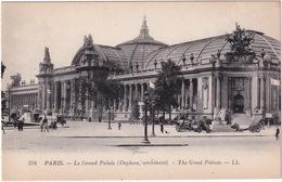 Paris: OLDTIMER MOTORCYCLE SIDE-CAR, BRASS ERA AUTOMOBILE - Le Grand Palais - Toerisme
