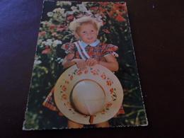 B710   Bambina Con Cappello Non Viaggiata - Bambini