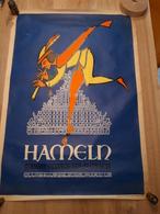 OUDE AFFICHE 1950-1965, HAMELN, DE RATTENVANGER VAN HAMELEN (+/- 86x60cm) ILLUSTRATEUR CURI - Affiches