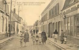 PETIT FORT PHILIPPE - Rue De Gravelines. (tabac). - France