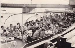 PHOTO  ,,,,, STOCKHOLM ,,,,, 15 /08 / 1947 ,,,,, BATEAU DE TOURISME   TBE - Boten