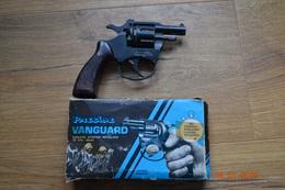 REVOLVER VANGUARD - Decorative Weapons