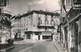 CP - France - (83) Var - Sollies Pont - Carrefour Central - Sollies Pont