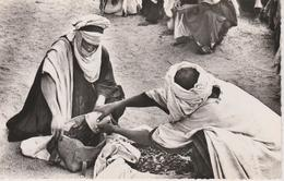 NIGER  Marchand De Dattes - Niger