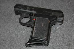 Pistolet Semi Auto RECK 8mm P6E - Armes Neutralisées