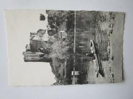 Bourbon L'Archambault. Le Chateau Vu De L'Etang. CAP LL61 - Bourbon L'Archambault