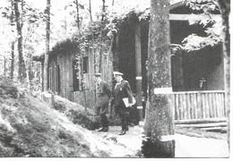 Couvin  4 Kaarten Groot Formaat  Juin 1940 Hitler Accompagne De Goring - Couvin