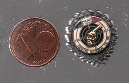 Pin's POLICE NATIONALE CENTRE DE TIR PAR FOURNIER.....BT4 - Police