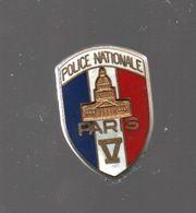 Pin's BALLARD POLICE NATIONALE PARIS V.....BT4 - Police