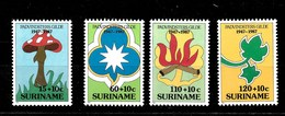 Serie De Surinam Nº Yvert 1210/13 ** SETAS (MUSHROOMS) - Surinam