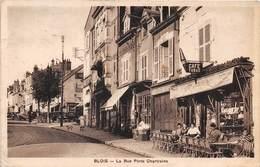 BLOIS - La Rue Porte Chartraine - Café Tabac - Blois