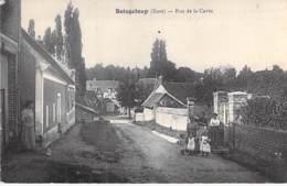 27 - BOISGELOUP ( Gisors ) : Rue De La Cavée - CPA Village ( Hameau ) - Eure - France