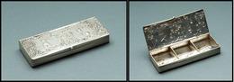 Boîte Hollandaise En Argent, Ouverture Double Face, Moulin Et Voilier En Relief Sur Les 2 Faces, 6 Comp., 75x30 X10mm. - - Stamp Boxes
