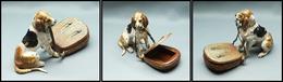 Boîte En Bronze De Vienne, En Forme De Gibecière Surveillée Par Un Chien De Chasse, 1 Comp., 100x40x70mm , Superbe. - R - Stamp Boxes