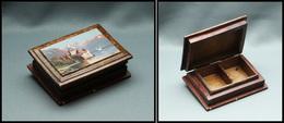 """Boîte En Bois Verni, à Décor """"Châteaux Et Montagne"""" Peint à La Main Sur Couvercle, 2 Comp., 78x58x25mm. - TB - Stamp Boxes"""