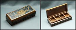 Boîte Italienne En Bois Verni, Sculptée Et Peinte Main, 4 Comp., 118x47x25mm. - TB - Stamp Boxes