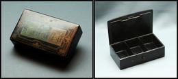 Boîte Papier Mâché, Transfert Type Sage Sur Couvercle, Bouton Pression, 3 Comp., 88x50x25mm. - TB - Stamp Boxes