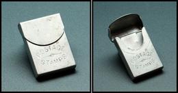 """Etui En Aluminium, Avec Grattoir, Pour Allumettes Ou TP, Marqué """"Postage Stamps"""", Un Comp., 35x25x5mm. - TB - Boites A Timbres"""